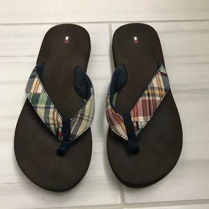Tommy Hilfiger plaid/brown flip flops